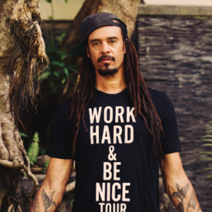 >Michael Franti & Spearhead
