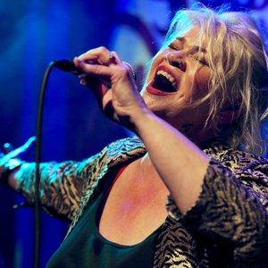 Karen Lovely